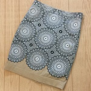 The Limited 4 Small dressy pattern skirt Sm